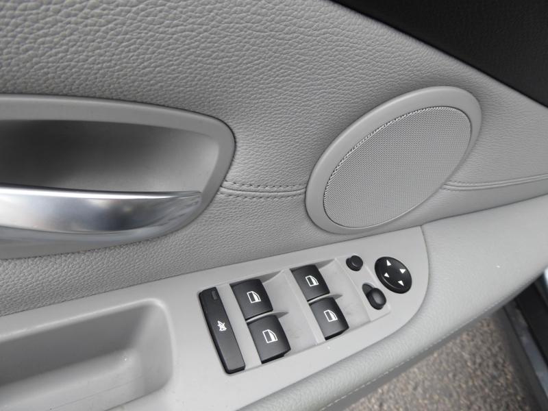 BMW 5-Series 2010 price $11,950