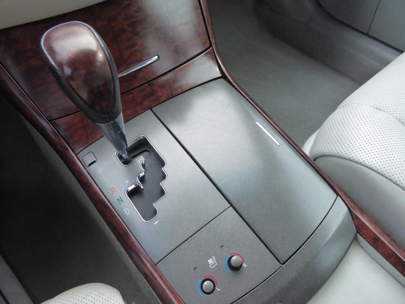 Toyota Avalon 2012 price $13,450