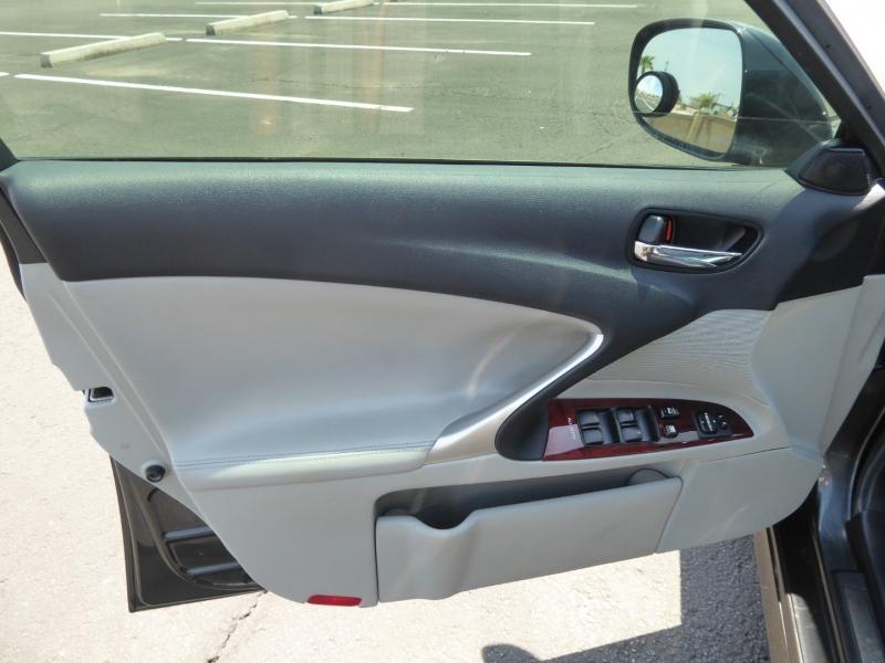 Lexus IS 350 2008 price $13,995