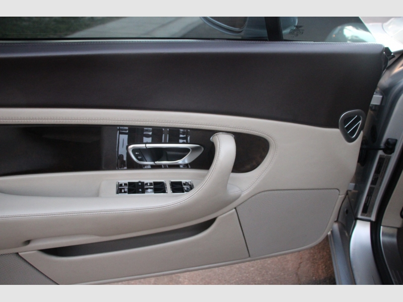 Bentley Continental 2005 price $44,950
