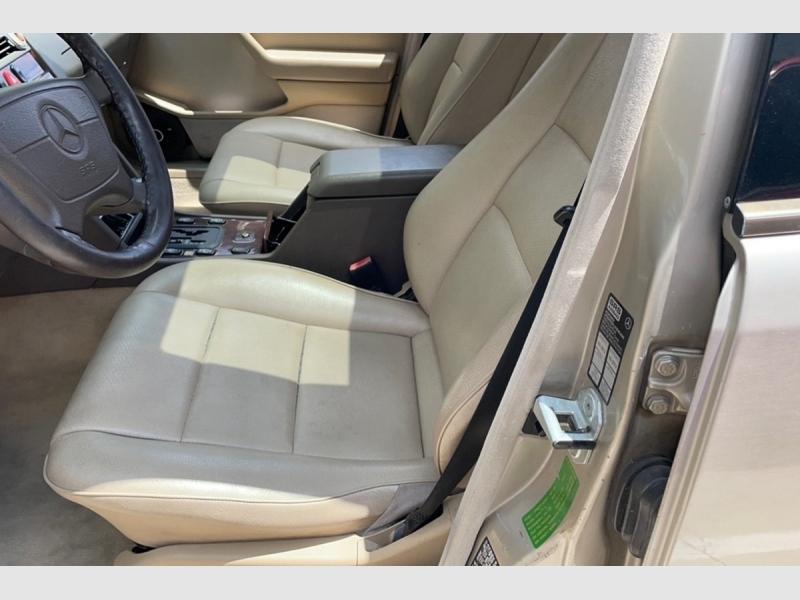 Mercedes-Benz C-Class 1997 price $2,950