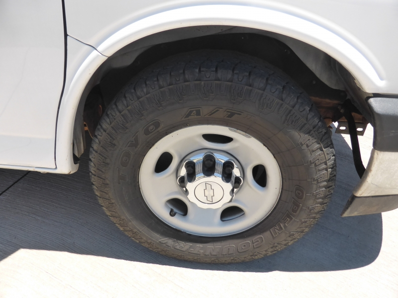 Chevrolet Express Passenger 2017 price $17,995