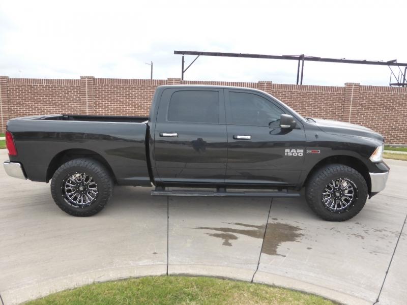 Dodge Ram 1500 2016 price $25,995