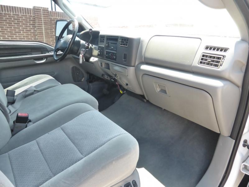 Ford Super Duty F-350 SRW 2004 price $14,995