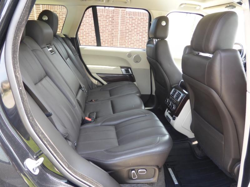 Land Rover Range Rover 2015 price $37,995