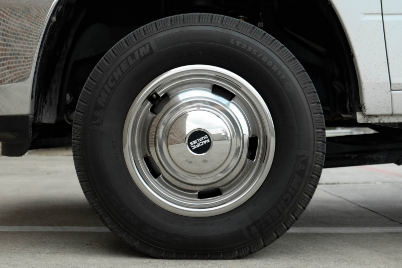 Dodge Ram 3500 2018 price $42,995
