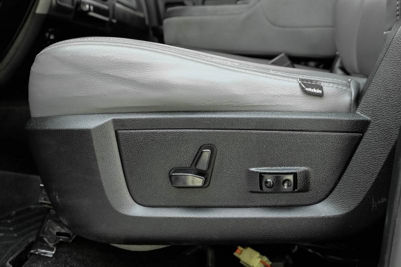 Dodge Ram 2500 2014 price $29,995