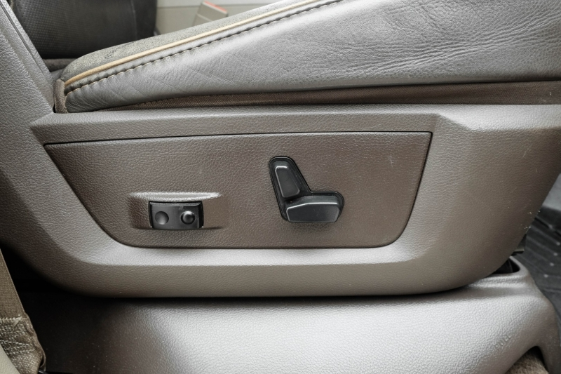 Dodge Ram 2500 2012 price $33,995