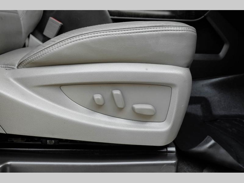GMC Sierra 3500HD 2015 price $41,995