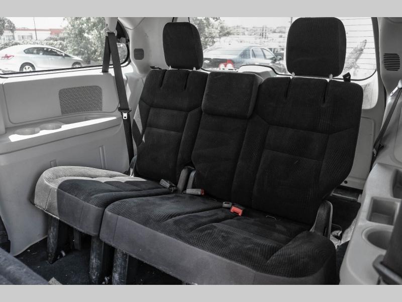 Dodge Grand Caravan 2019 price $23,995