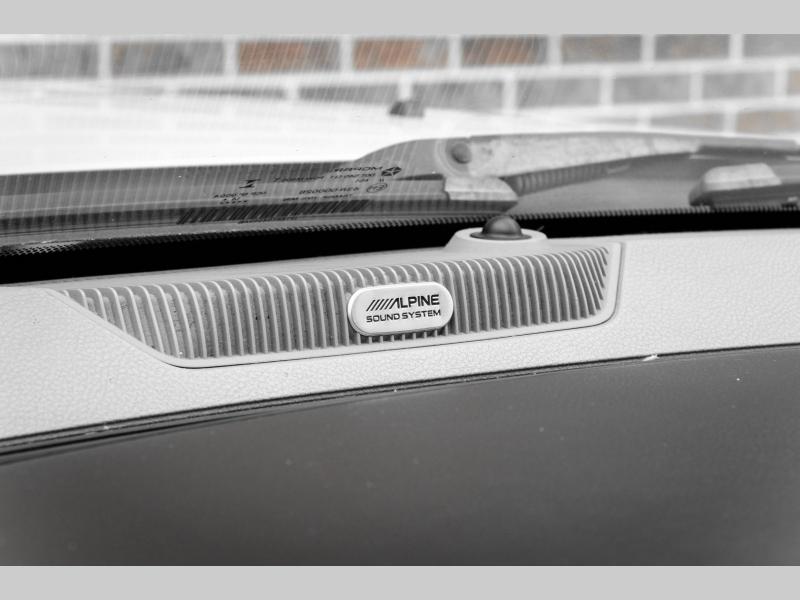 Dodge Ram 3500 2015 price $43,995