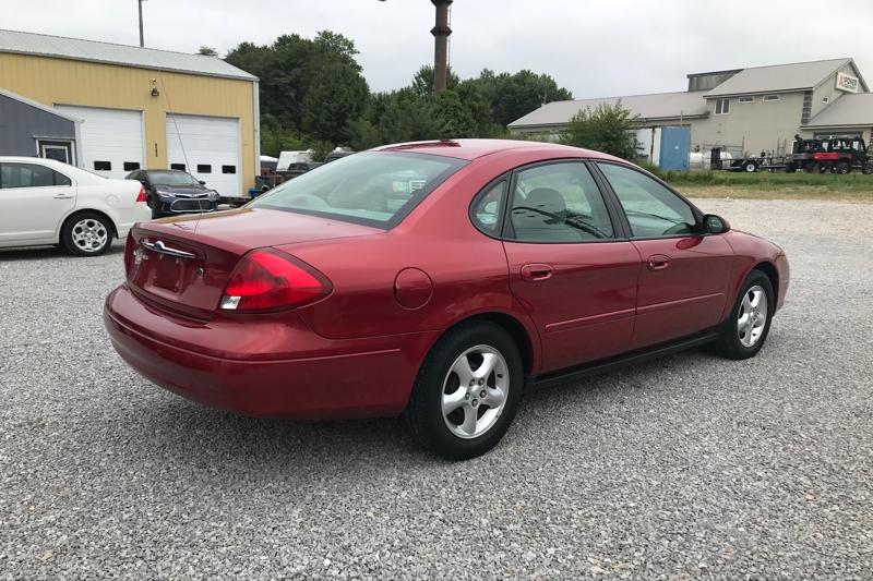 Ford TAURUS 2000 price $5,599