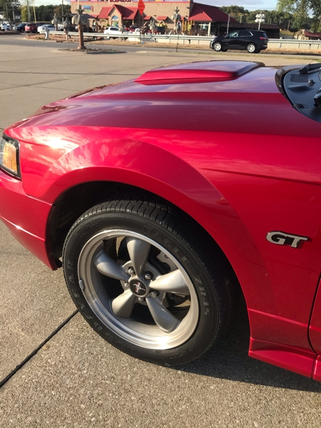 FORD MUSTANG 2001 price $13,999