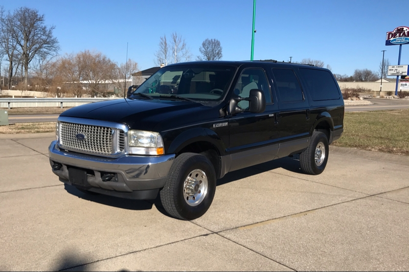 Ford EXCURSION 2002 price $27,999