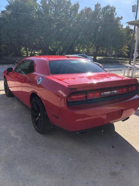 Dodge Challenger 2014 price $11,000