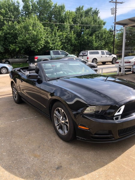 Ford Mustang 2014 price $13,400