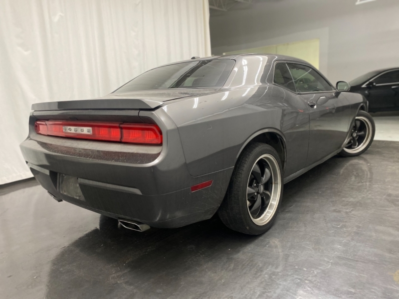 DODGE CHALLENGER 2013 price $15,900