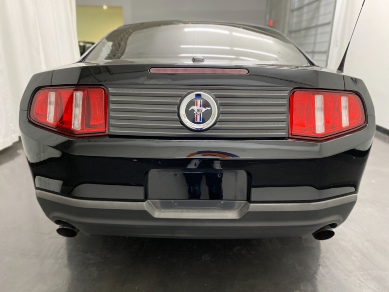 FORD MUSTANG 2012 price $13,900