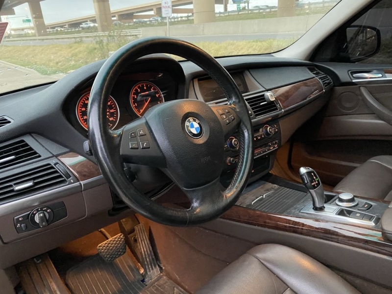 BMW X5 2007 price $7,900