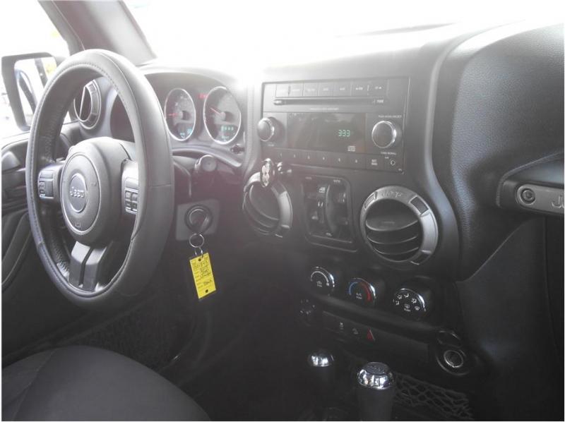 Jeep Wrangler 2015 price $23,995