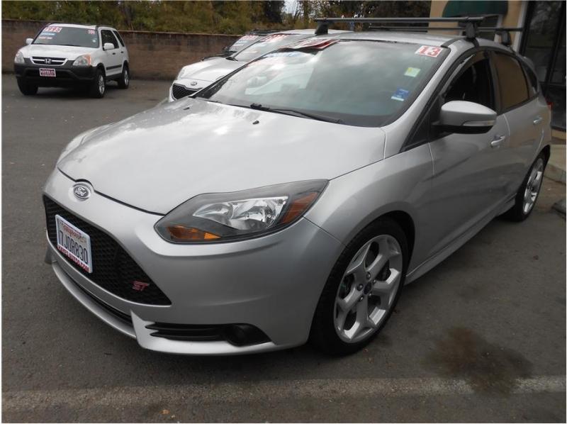 Ford Focus ST 2013 price $12,995