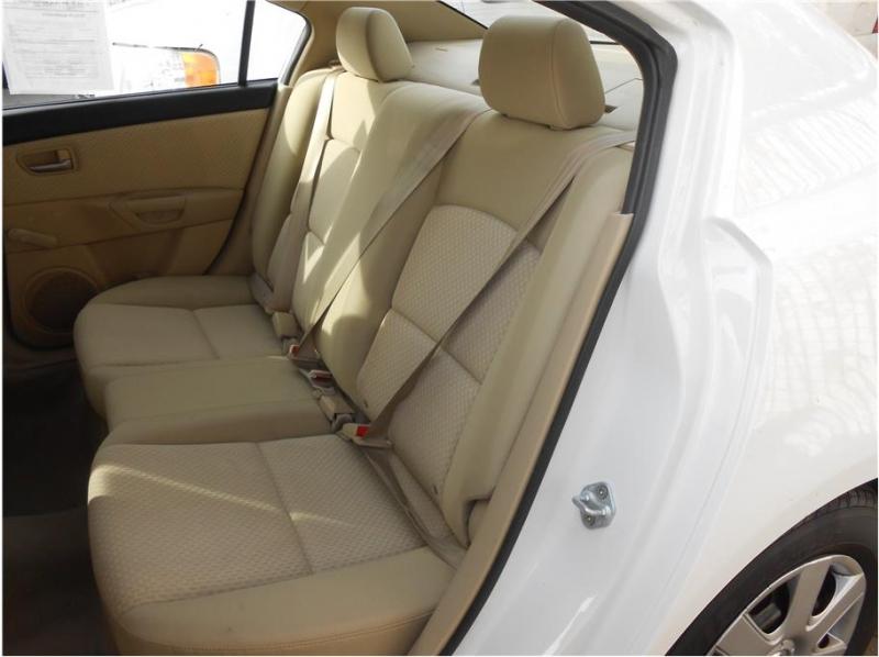 Mazda MAZDA3 2005 price $6,995
