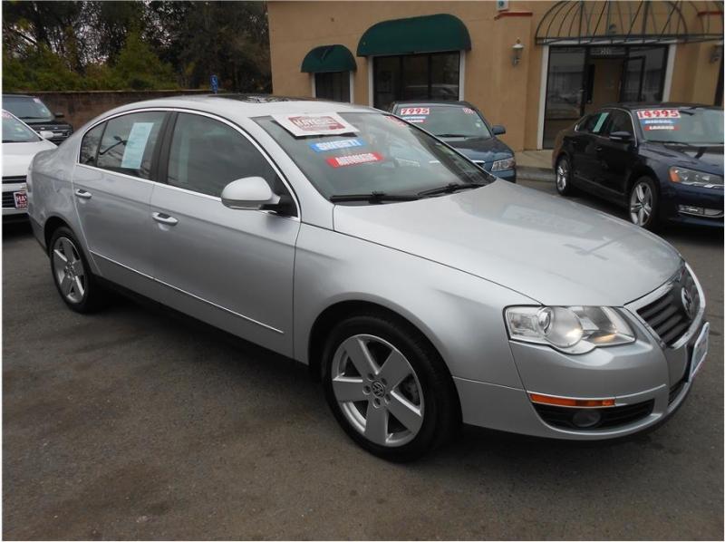 Volkswagen Passat 2009 price $7,995