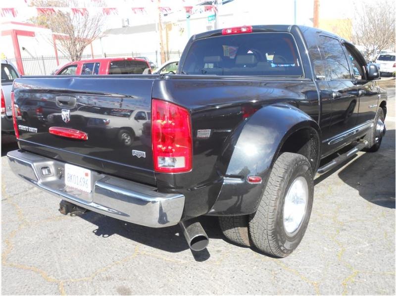 Dodge Ram 3500 Mega Cab 2006 price $32,995