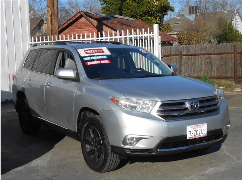 Toyota Highlander 2013 price $19,995