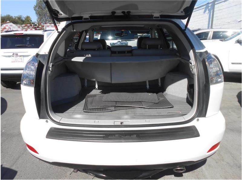 Lexus RX 2005 price $8,745
