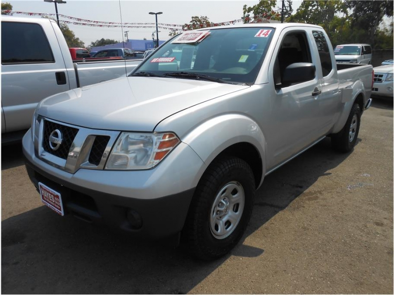 Nissan Frontier King Cab 2014 price $11,995