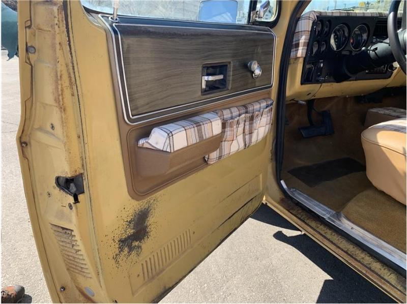 GMC sierra 1974 price $14,995