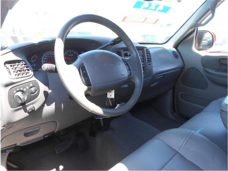 Ford F150 SuperCrew Cab 2001 price $10,995