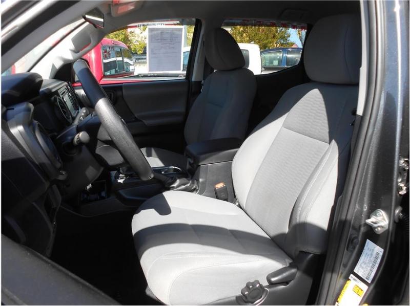 Toyota Tacoma Double Cab 2019 price $31,995
