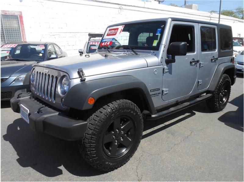Jeep Wrangler 2015 price $28,995