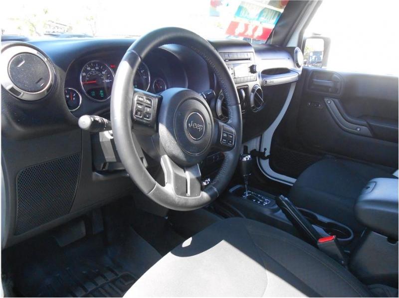 Jeep Wrangler 2017 price $31,995