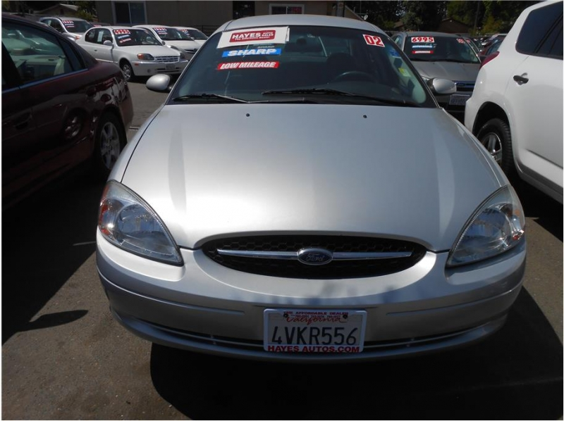 Ford Taurus 2002 price $5,995