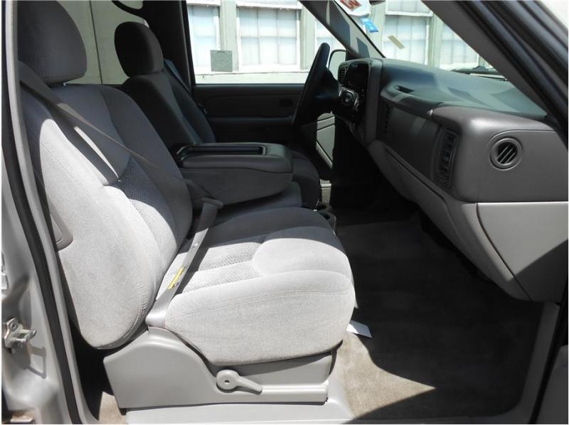 Chevrolet Suburban 1500 2005 price $12,995