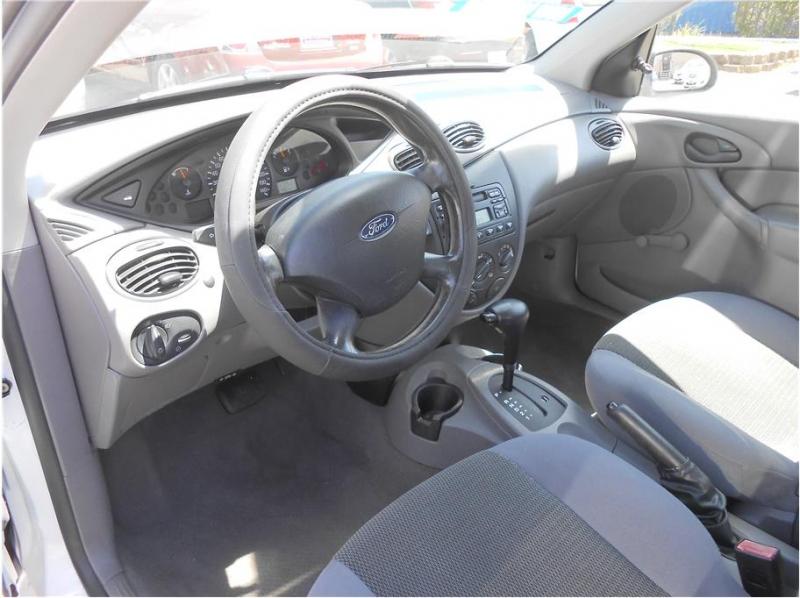 Ford Focus 2004 price $5,995