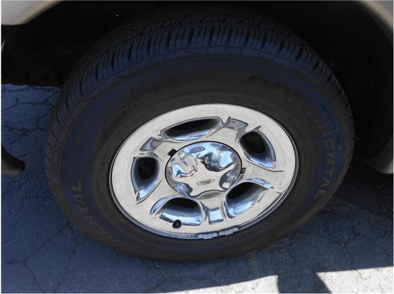 Ford F150 Super Cab 2002 price $9,995