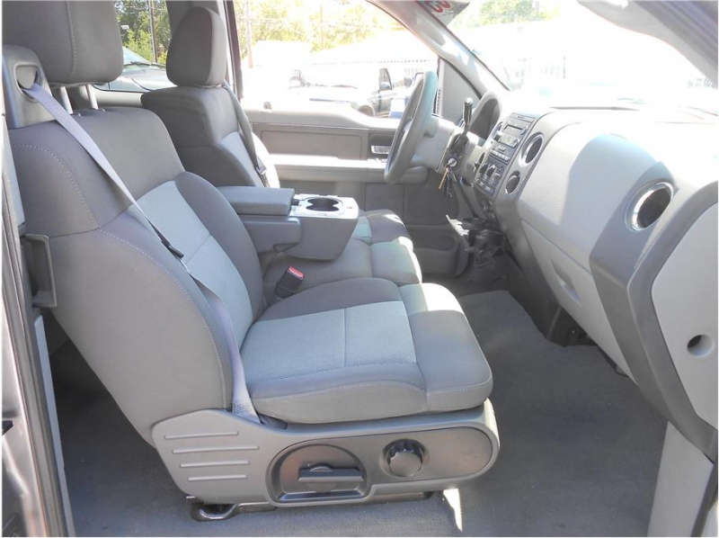 Ford F150 Super Cab 2005 price $10,995