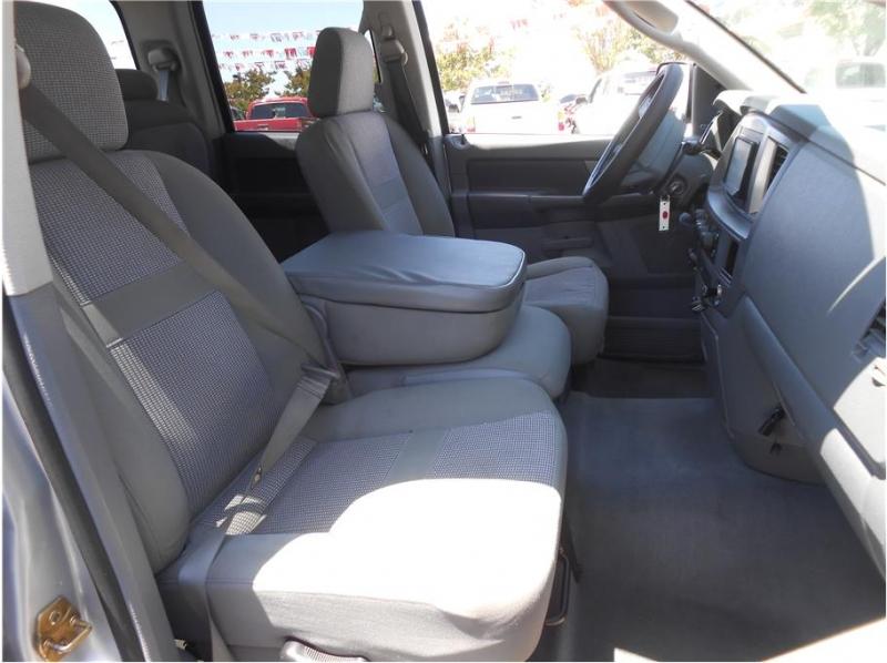 Dodge Ram 2500 Quad Cab 2006 price $26,995
