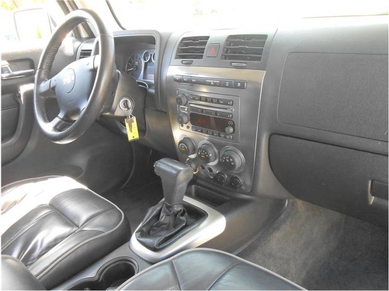Hummer H3 2007 price $13,995