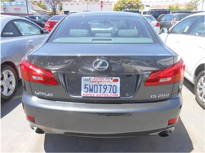 Lexus IS 2006 price $11,995