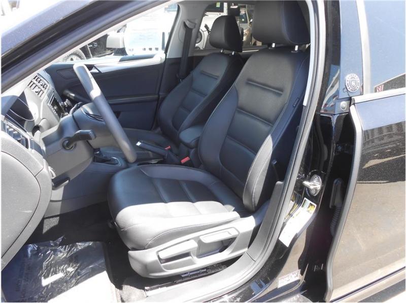 Volkswagen Jetta 2018 price $21,995