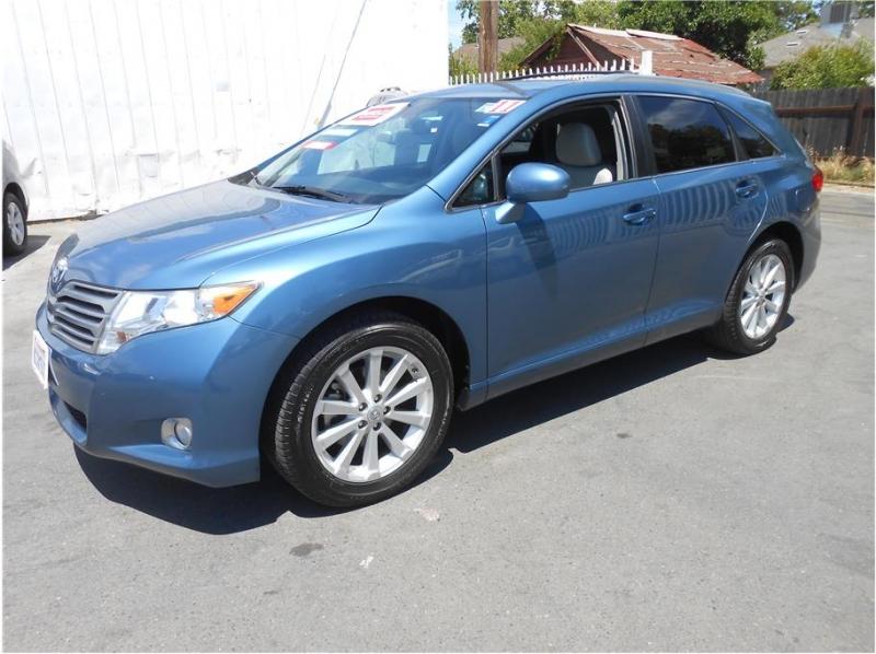 Toyota Venza 2011 price $15,995