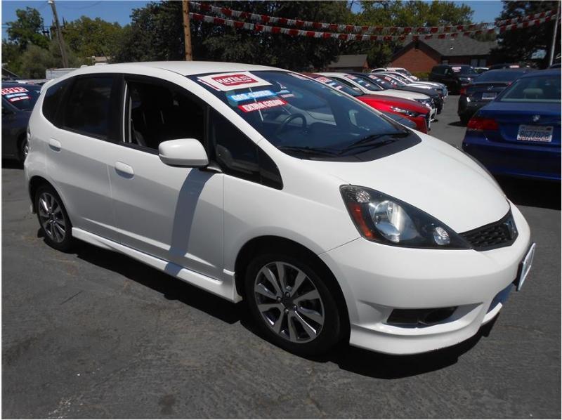Honda Fit 2013 price $13,995
