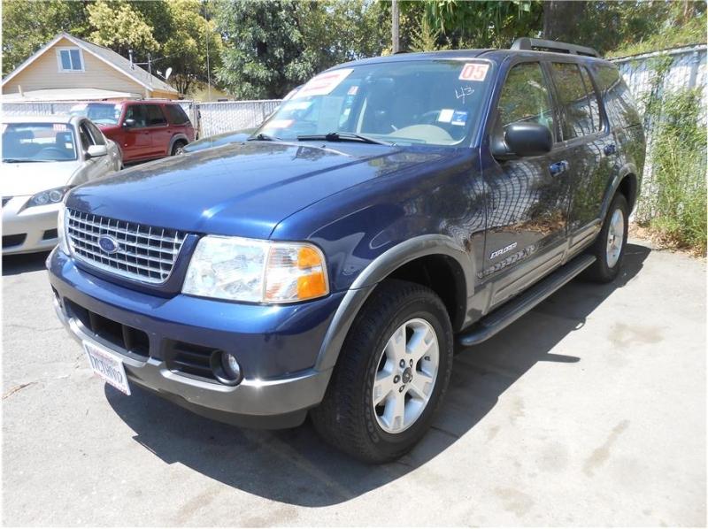 Ford Explorer 2005 price $7,995