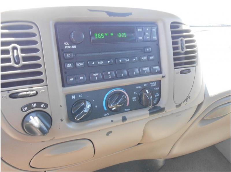 Ford F150 SuperCrew Cab 2001 price $9,995