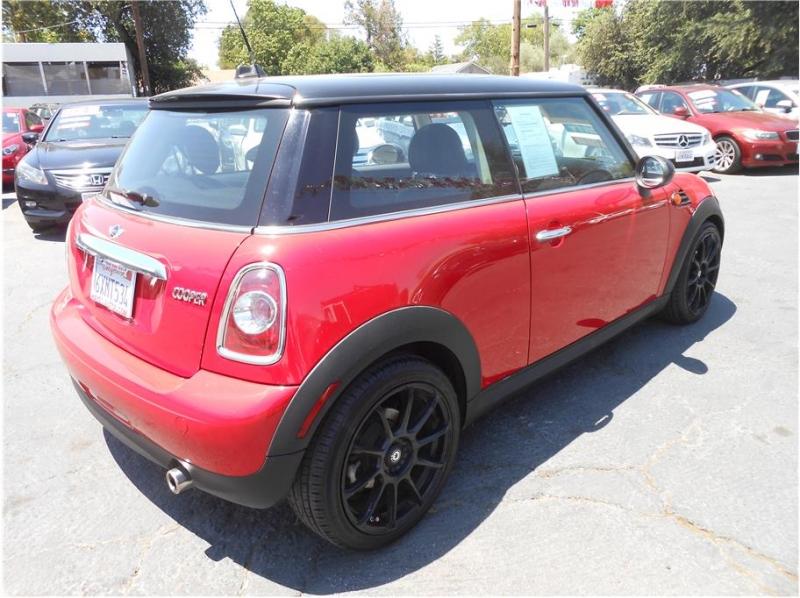 Mini Hardtop 2012 price $9,995